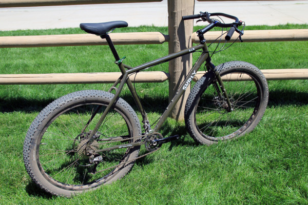 Surly new ECR 29+ and a new monstercross Straggler with disc-surly-bikes-saddle-drive-18-600x400.jpg
