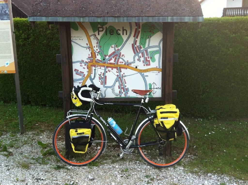Roll Call:  How bigga boy are ya? What bike do you ride?-surly-lht.jpg
