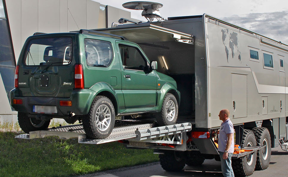 What's wrong with this picture??-suv.jpg