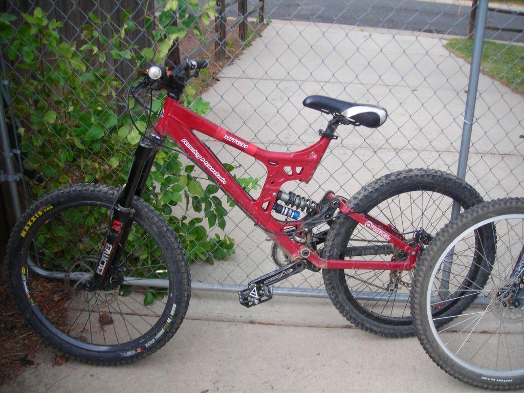 Stolen Bikes Golden-switch.jpg