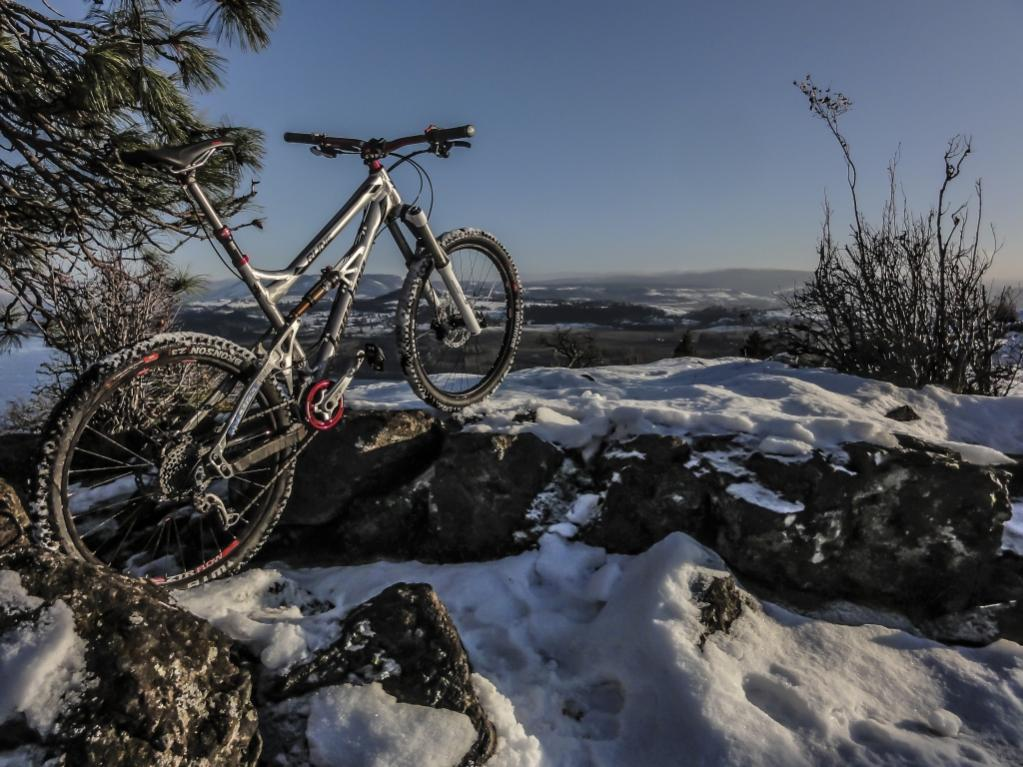 One picture, one line.  No whining. Something about YOUR last ride. [o]-syncline-3.jpg