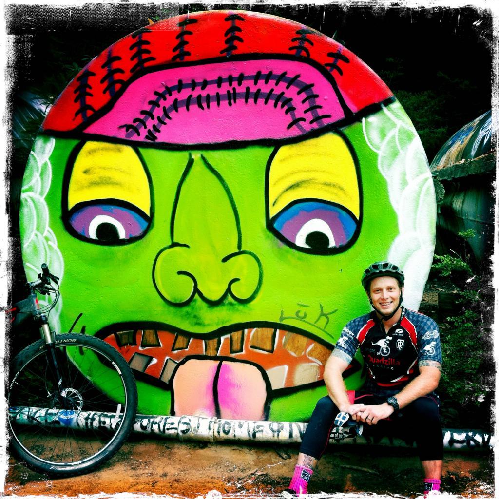 Graffitti....seen any....Post some Pics..-tanks.jpg