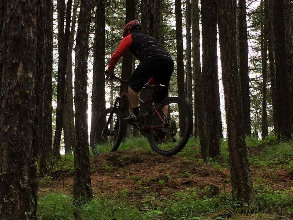 New innovative suspension from Tantrum Cycles. Any thoughts...-tant-climb.jpg