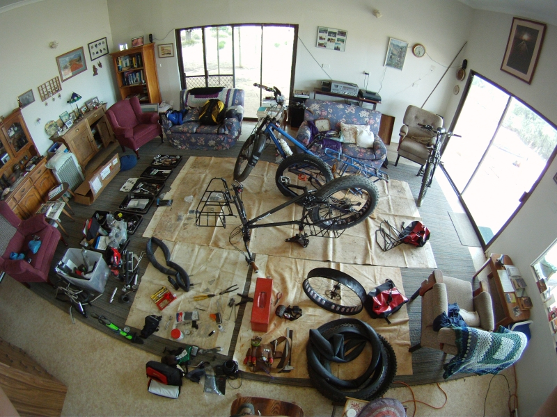 Show off your Moonlanders-perfect-lounge.-bike-repairs-email-gopr1177.jpg