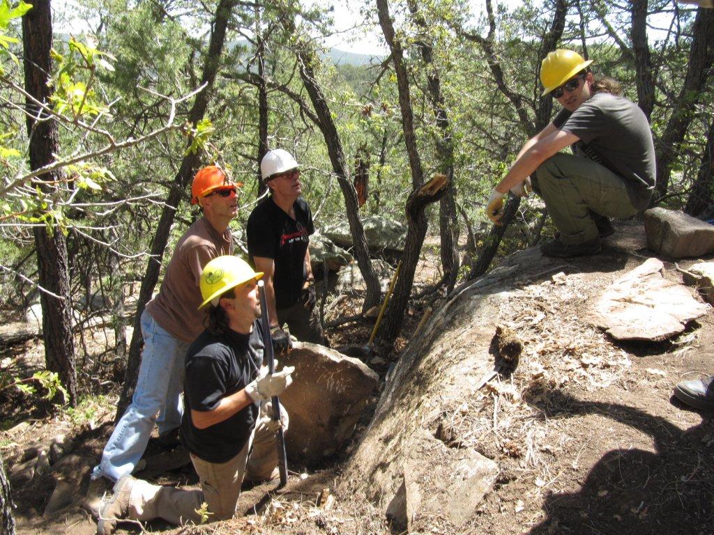 Three Bottles technical trail build-three-bottles-trail-work-sat-004.jpg