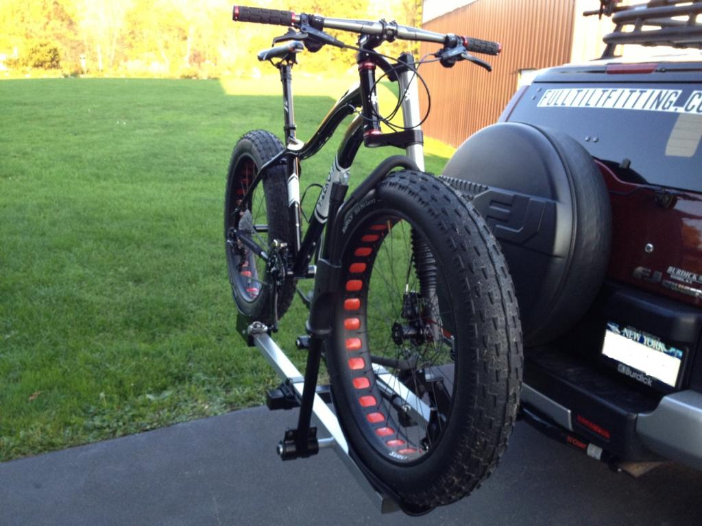 Another Mendon Pug!-thule-rack-mod14.jpg