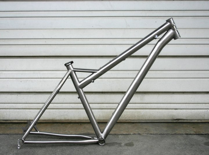 Dream Bike 2009 Edition:-tiewr.jpg