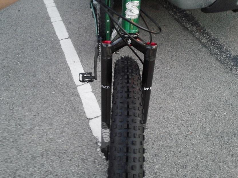 Surly Krampus-tire-clearence-krampus.jpg