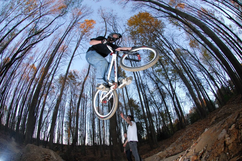 Transition Bikes in midair!-tire-grab.jpg
