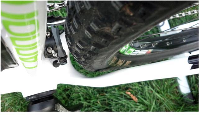 Flash 29 Tire clearance-tire-rear-small-.jpg