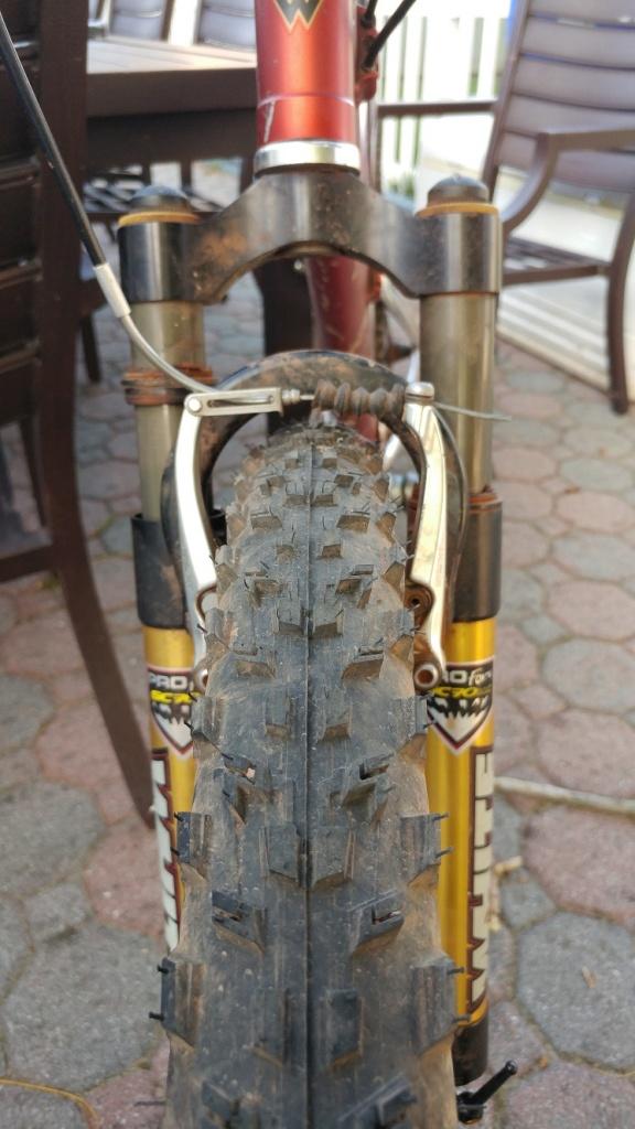 Fattest 26 tire for regular MTB?-tire2.jpg