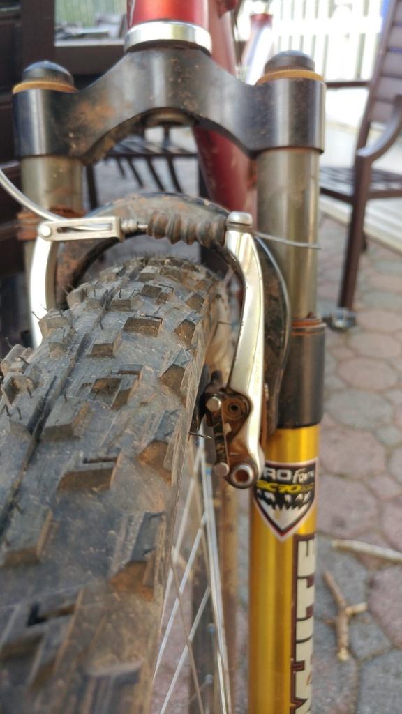 Fattest 26 tire for regular MTB?-tire3.jpg