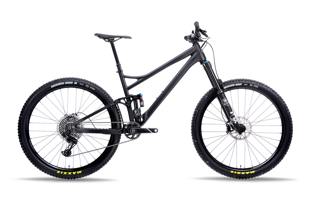 "What's the ideal ""Sea to Sky"" 29er for BC's steep climbs and descents-titanblkside.jpg"