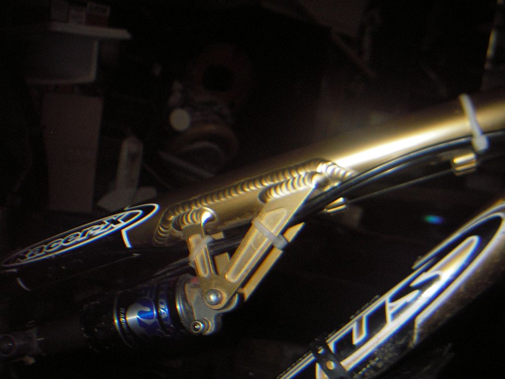 Anybody run continuous derailer housing on a MTB Tandem-titus-cable-stops.jpg