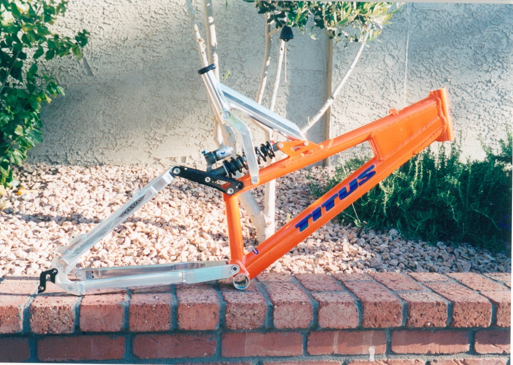 Old School DH bikes-titusdh.jpg