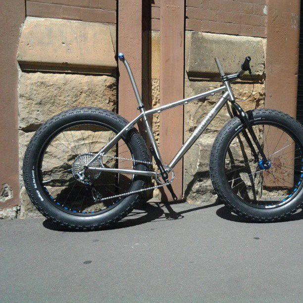 MuruCycles Ti bike VS Salsa beargrease-tix1.jpg
