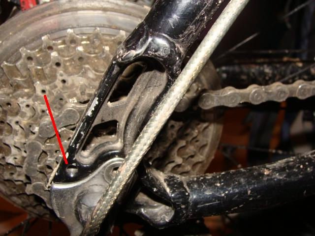1 world 2 wheels-todds-chainstay-rack-mount.jpg
