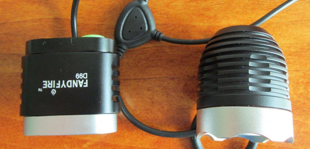 UltraFire D99 a promising new 2x light?-top-view-d99-comparison.jpg
