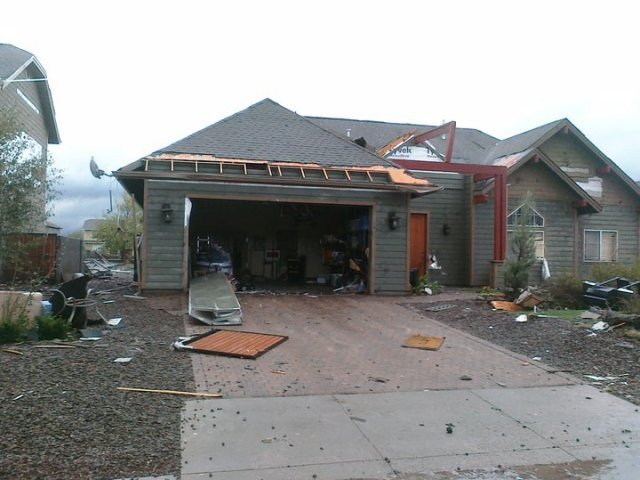 tornado damage-tornado3.jpg