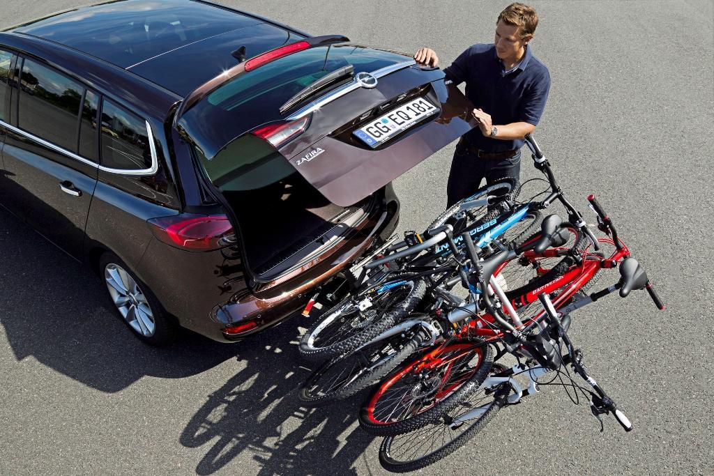 Subaru Retractable Bumper Bike Rack.-tourer-portabicicletas-2.jpg