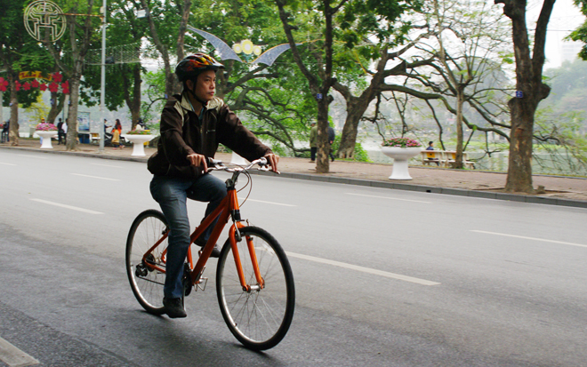 Hanoi Travel by bicycle-tourhotay.jpg