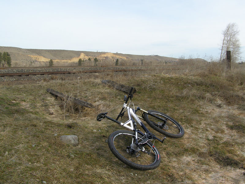 Any trails around CDA dry enough to ride right now?-tracks-s.jpg