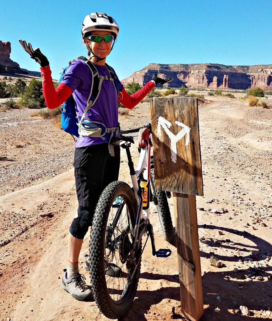 Bike + trail marker pics-trail-sign.jpg