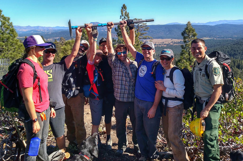The Mills Peak Trail is complete! Check it out!-trail-workers-mills-peak.jpg