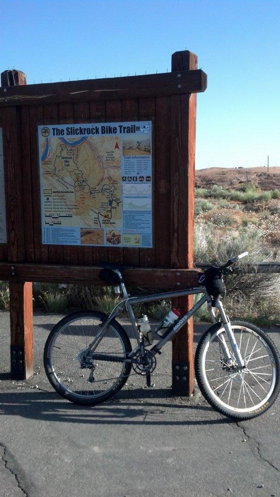 Bike + trail marker pics-trailmarkerslickrock.jpg