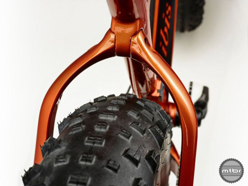 A wider rear triangle accommodates a four-inch fat bike tire.