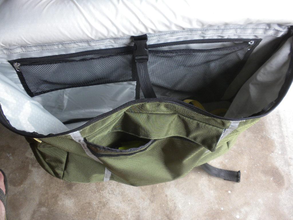 The Trek Transport Thread-transport-bag-interior.jpg
