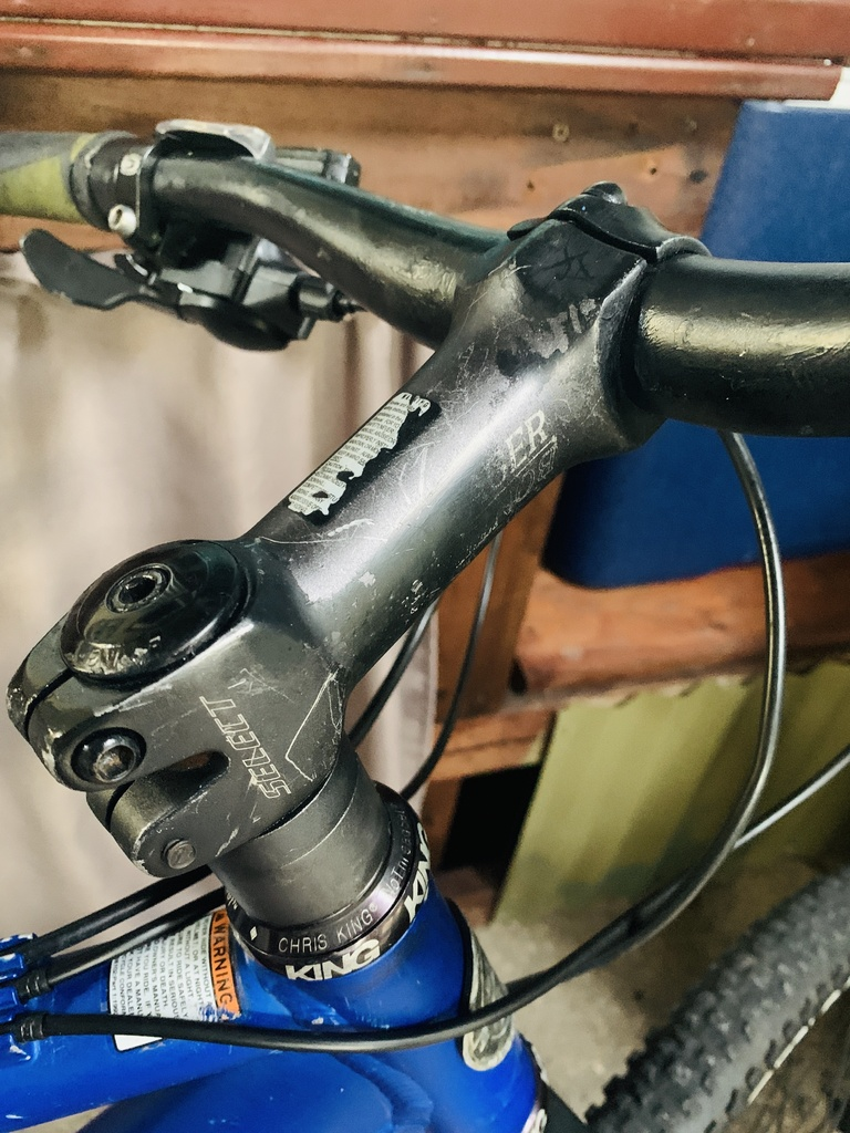Trek Fuel 80  *PICS* Help me figure out stem specs, size Trek-trek-3.jpg