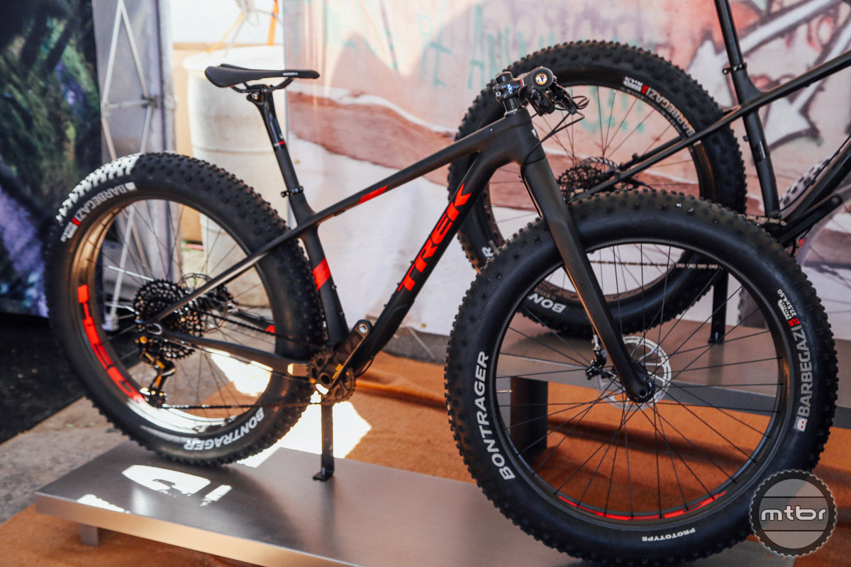The ultra light Farley 9.9 is race ready out of the box.
