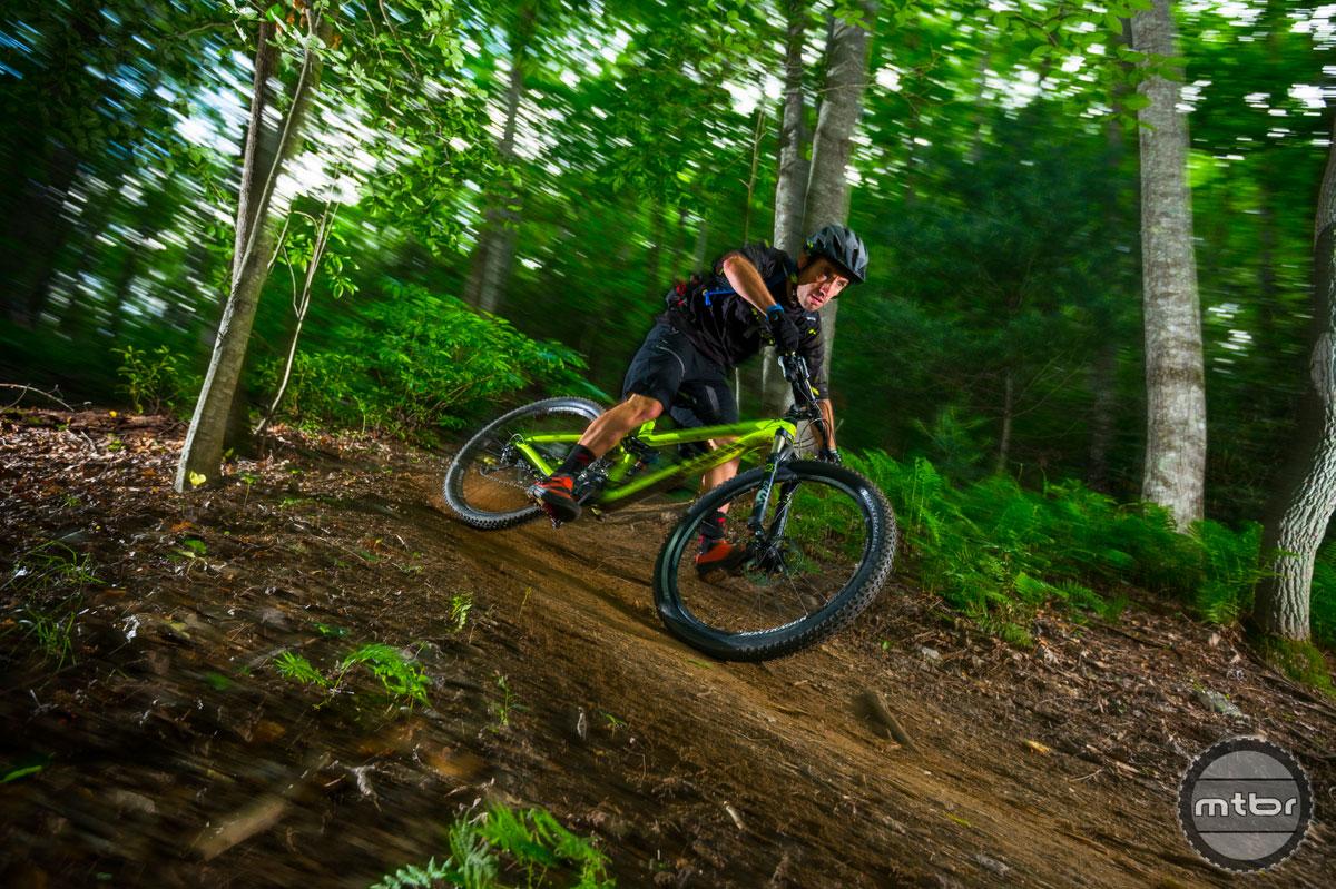 Trek Fuel EX 27.5 in Dupont Forest Cornering