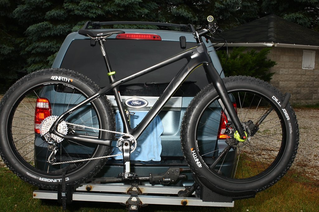 SALSA BEARGREASE Carbon Machine-trek-resized-.jpg
