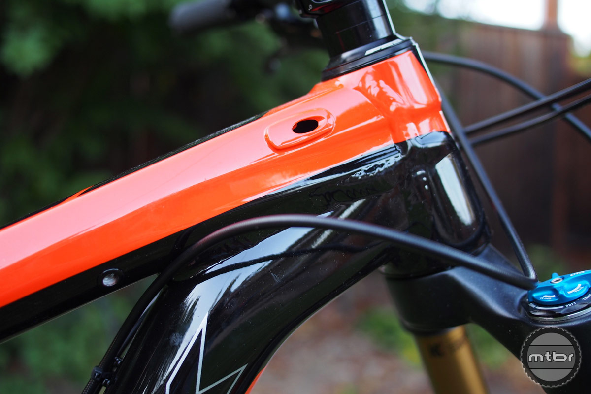 Trek Slash 9 Cable Routing on Front