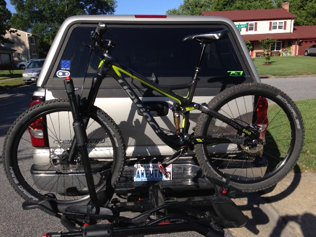 Show off your Devinci's!-troy-truck.jpg
