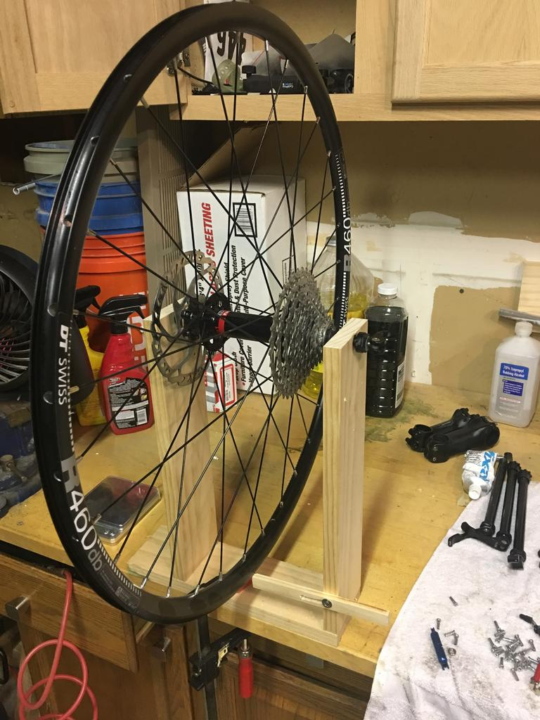 Truing Stand for fattire - alternative to Park TS-4-truing-stand.jpg