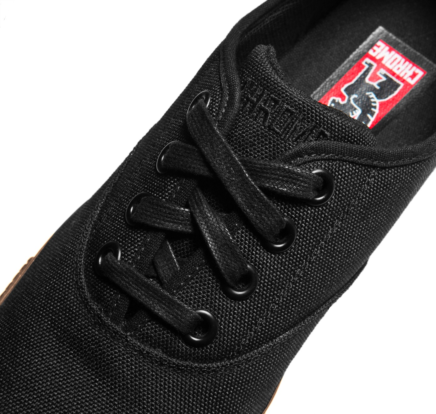 Truk Black Gum Tongue Detail