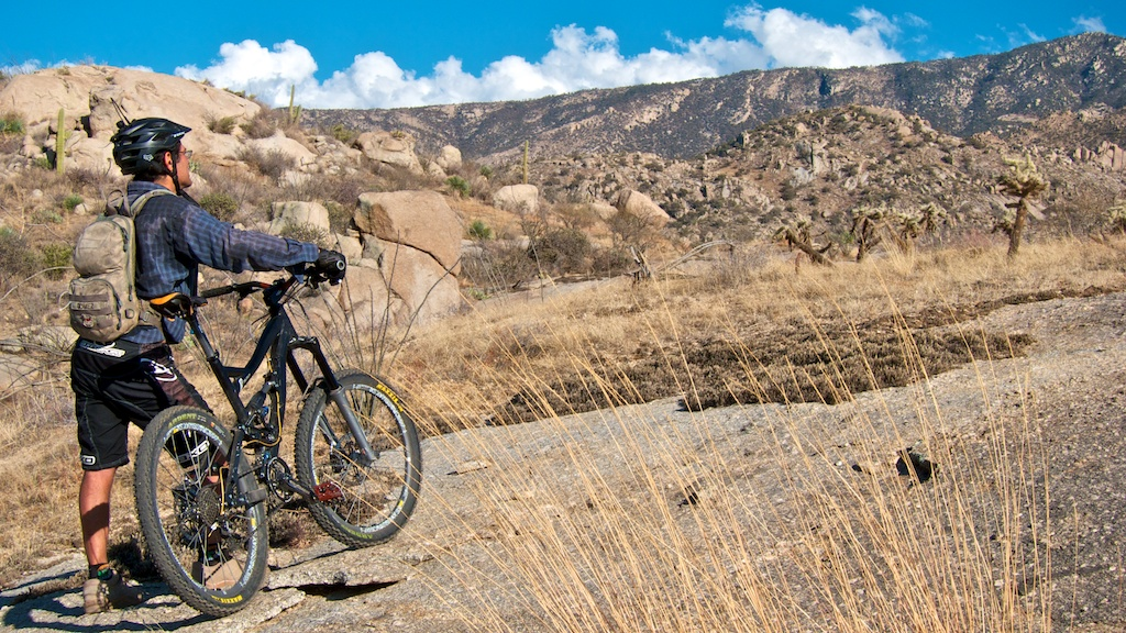 Nothing to see here.  Just Riding Alone goes west [o]-tucsonlouis2_web-026.jpg