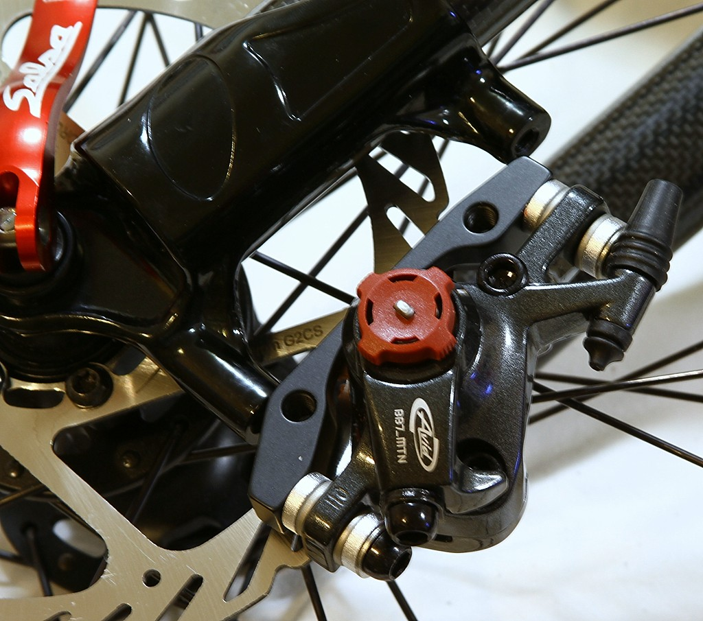 BB7 adapter to White brothers Rock Solid fork help.-tueday-007r.jpg
