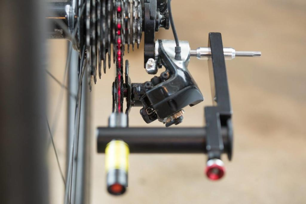 What is your criteria for a successful tubeless tape job?-tune-linientreu-rear-derailleur-laser-alignment-tool-11-1068x712.jpg