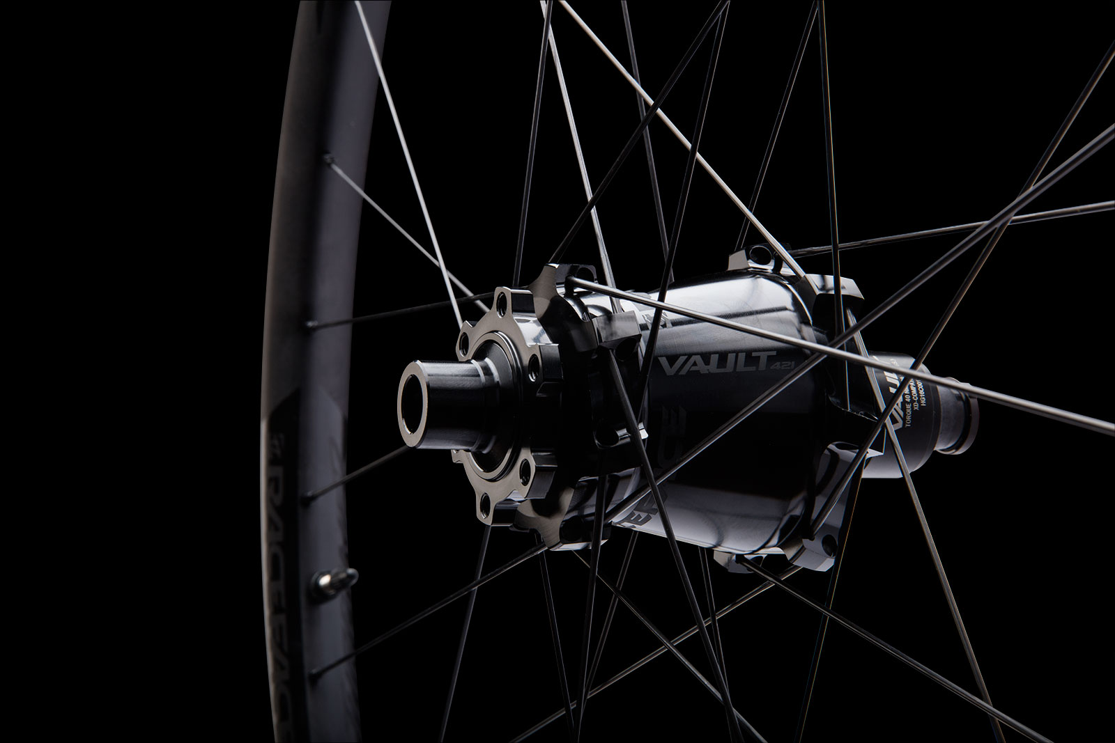 Previous Race Face wheels have been targeted at the OEM market, but the brand has firmly set its sights on the aftermarket with the new Turbine R.