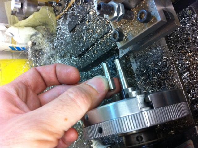 Revolver Mk II-turn1.jpg