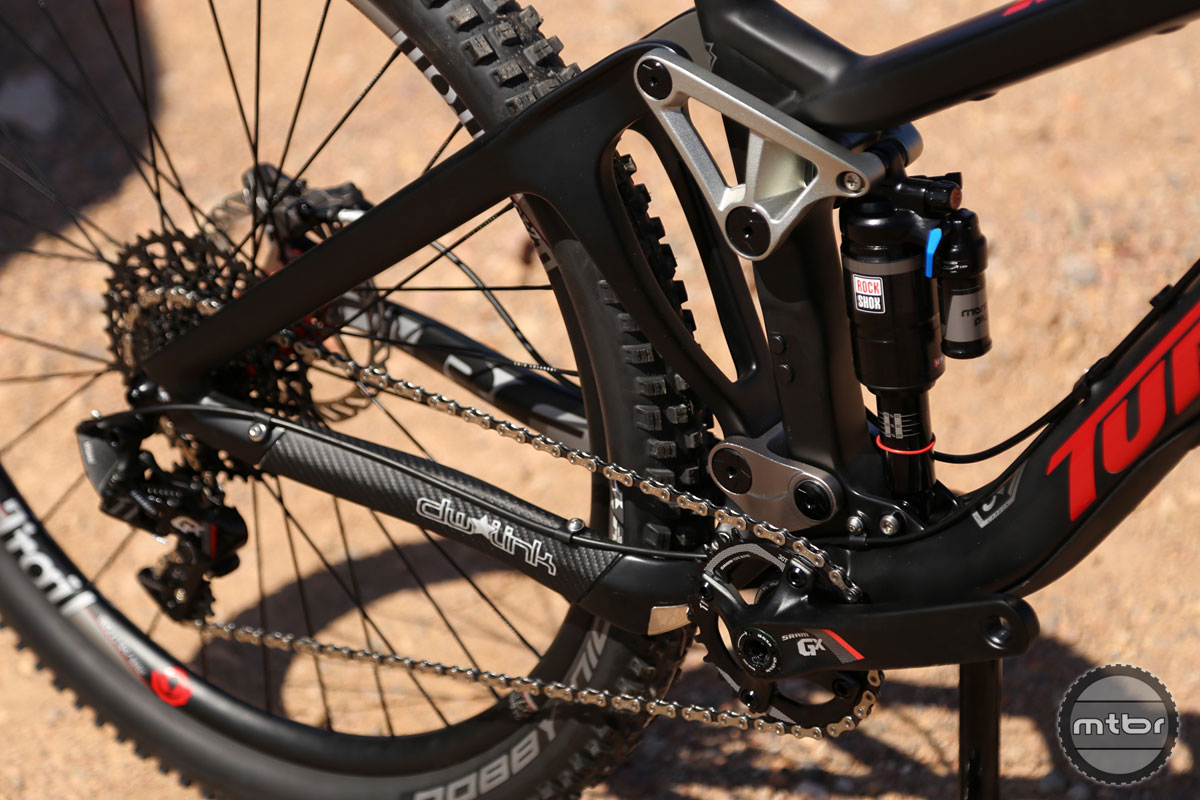 To help improve fit across the board, the RFX seat tube is compatible with 150mm dropper posts.