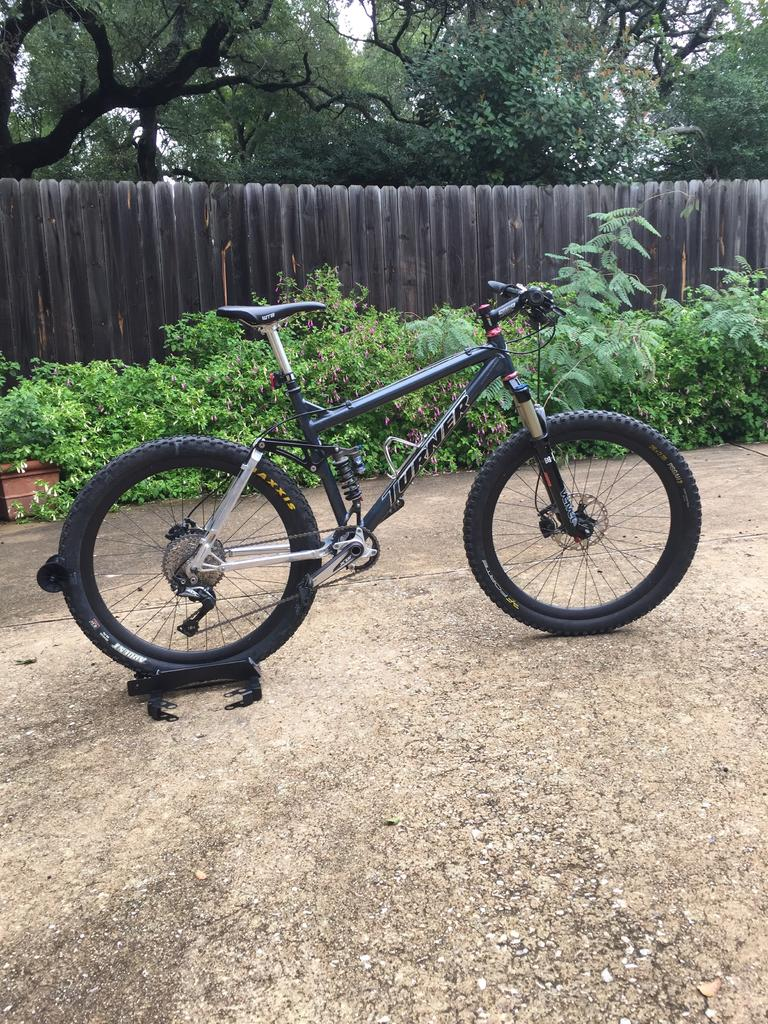 Show us a picture of your 26er MTB that you still use on the trails-turnerxce.jpg