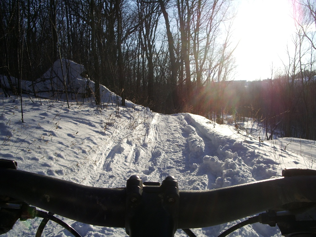 30 degrees and sunny, perfect riding weather!-twinlakes-003.jpg