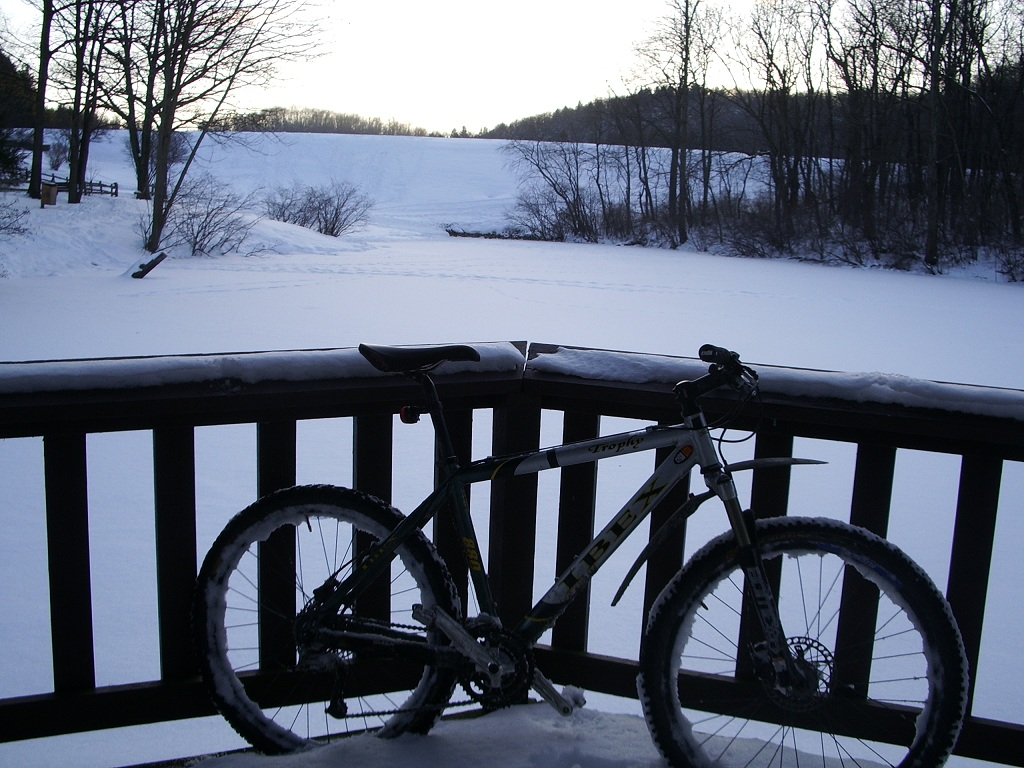 30 degrees and sunny, perfect riding weather!-twinlakes-014.jpg