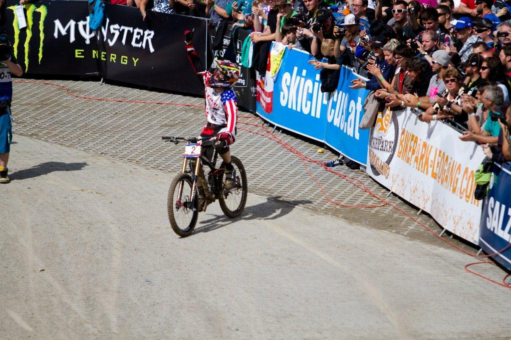 UCI_Leogang_2011_DH_ACTION_By_AleDiLullo-8844