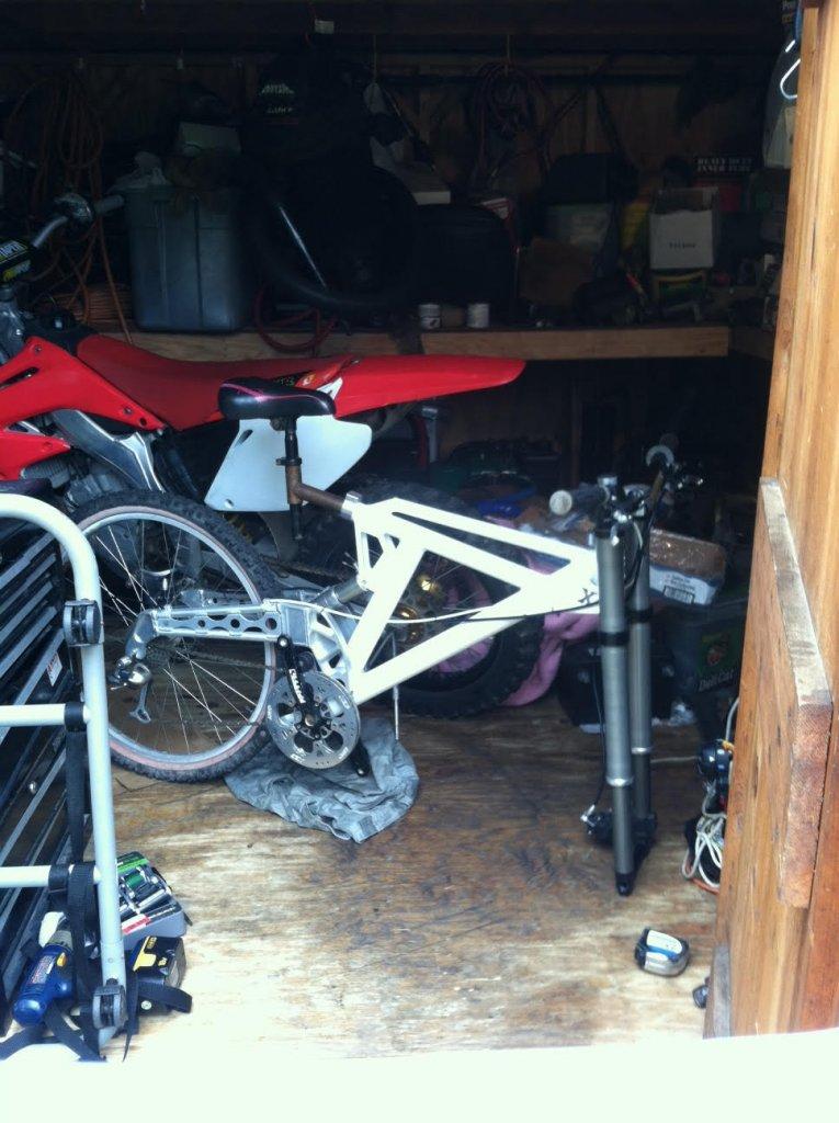 Old School DH bikes-unnamed.jpg